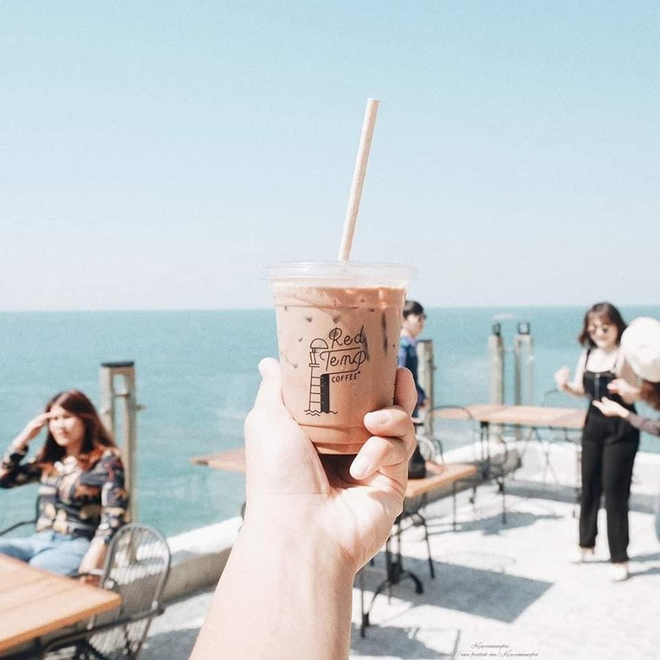 Red Temp Coffee คาเฟ่นั่งชิลล์ ชมวิวทะเลบางแสน