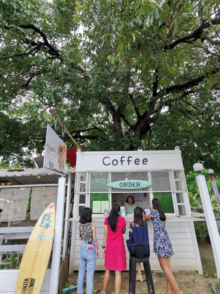 กาแฟชายเล ร้านเล็กๆแต่บรรยากาศน่านั่ง ที่พลูตาหลวง สัตหีบ ชลบุรี