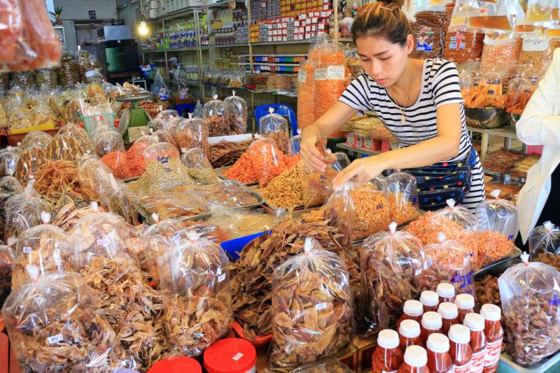 มาแล้วตลาดกันที่ บางแสนเปิดแล้ว ที่ตลาดหนองมน