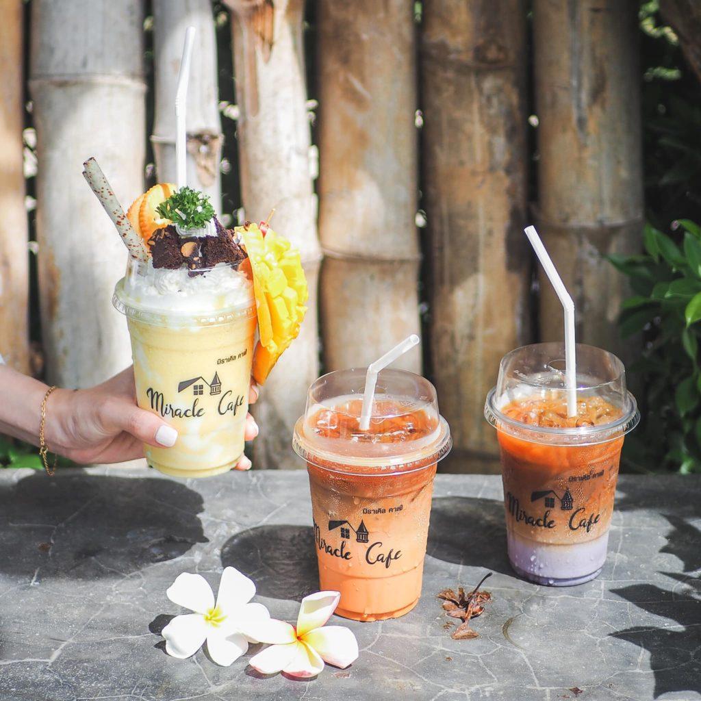 มิราเคิล คาเฟ่ (Miracle Cafe) เครื่องดื่มหลายชนิด