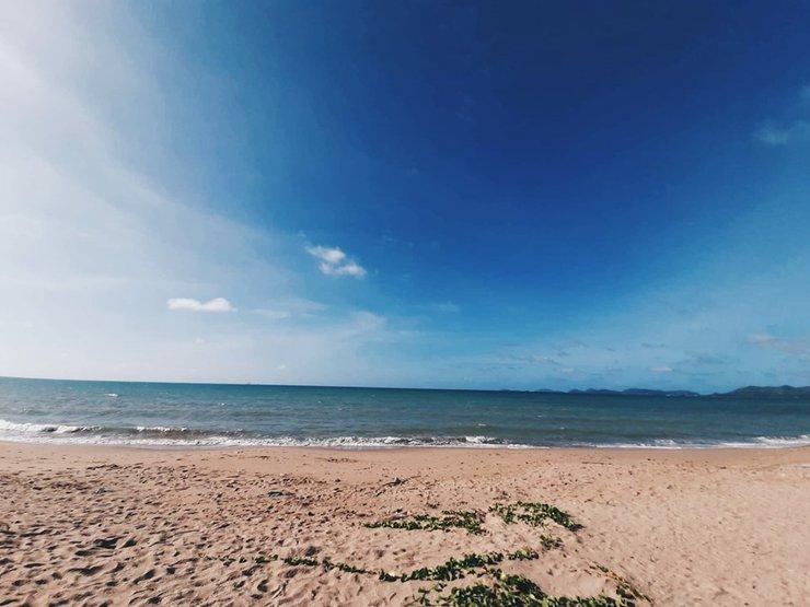 หาด EOD นภาธาราภิรมย์ ทะเลสวยน้ำใสน่าเล่น