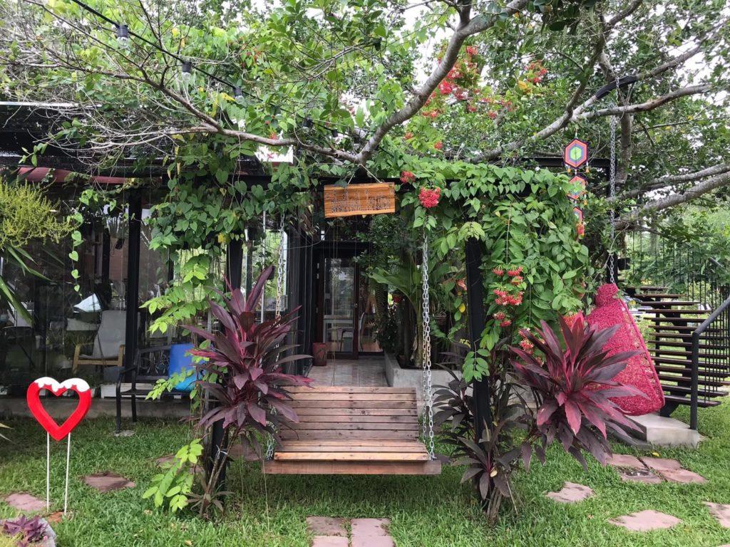 Farm in C-Coffee  คาเฟ่ดี แนวเกษตรอินทรีย์  ทับมา ระยอง