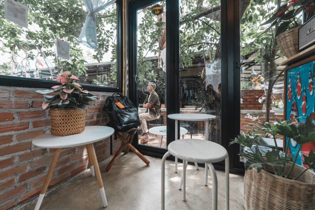 เปิ๊บคาเฟ่ (Perbdolcee Cafe) ภายในบรรยากาศดีน่านั่ง