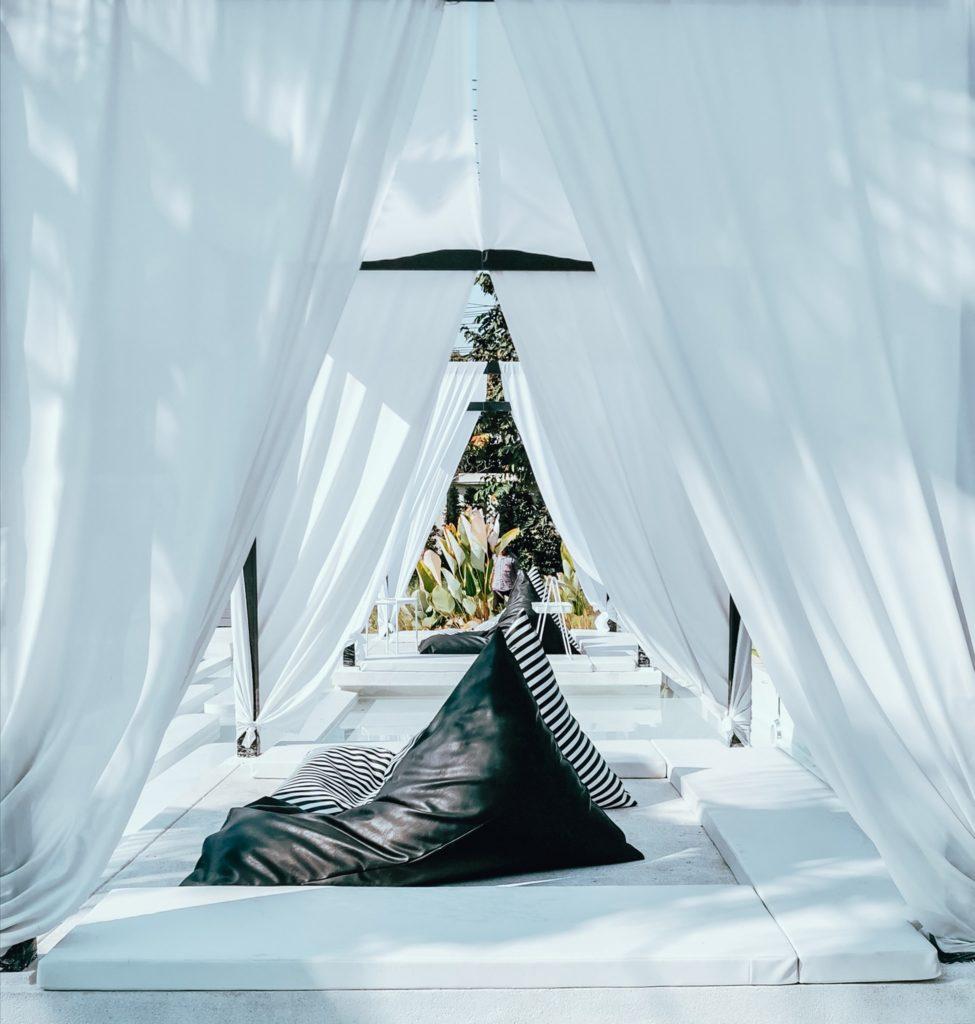The Peem Hotel ที่พักสไตล์บาหลี สวยมินิมอลแบบโมเดิร์น สวยๆถ่ายรูปเต็มๆ