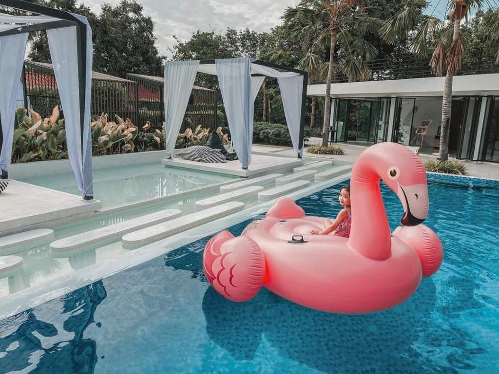 The Peem Hotel ที่พักสไตล์บาหลี มีสระว่ายน้ำด้วย