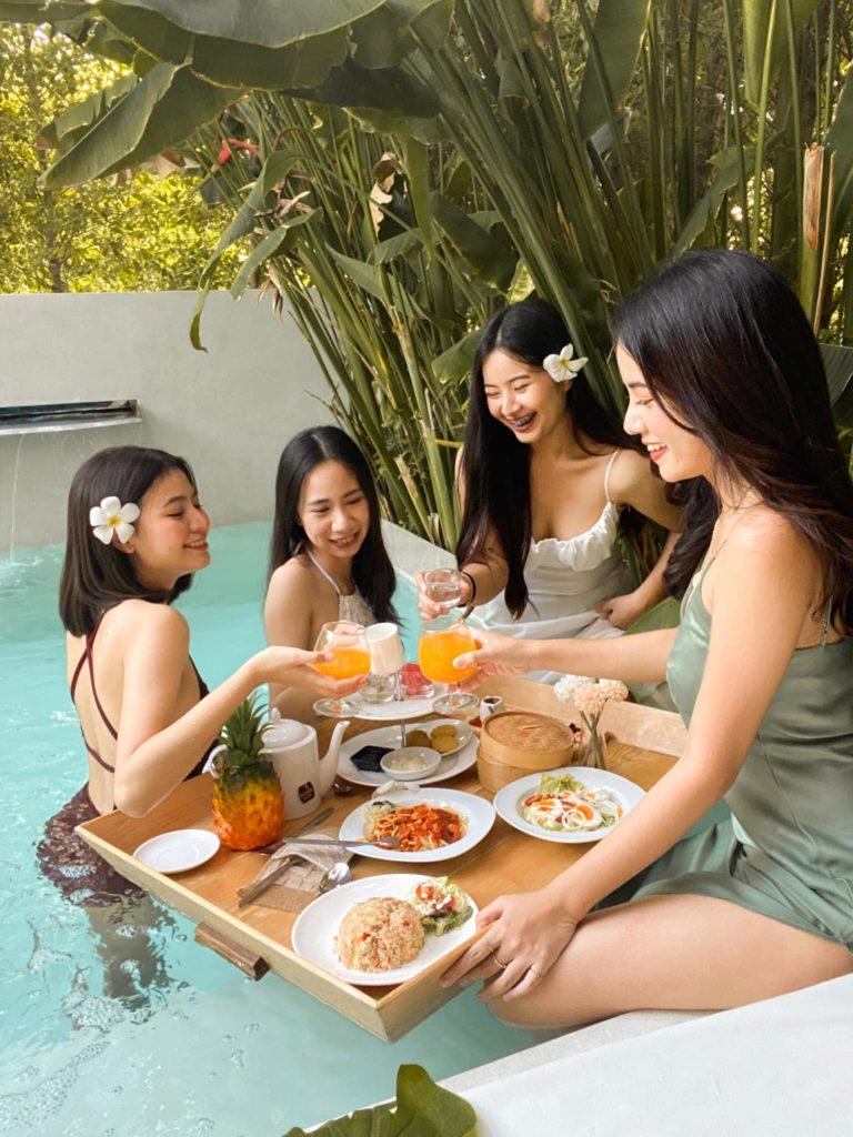 The Peem Hotel ที่พักสไตล์บาหลี เล่นน้ำเย็นๆ