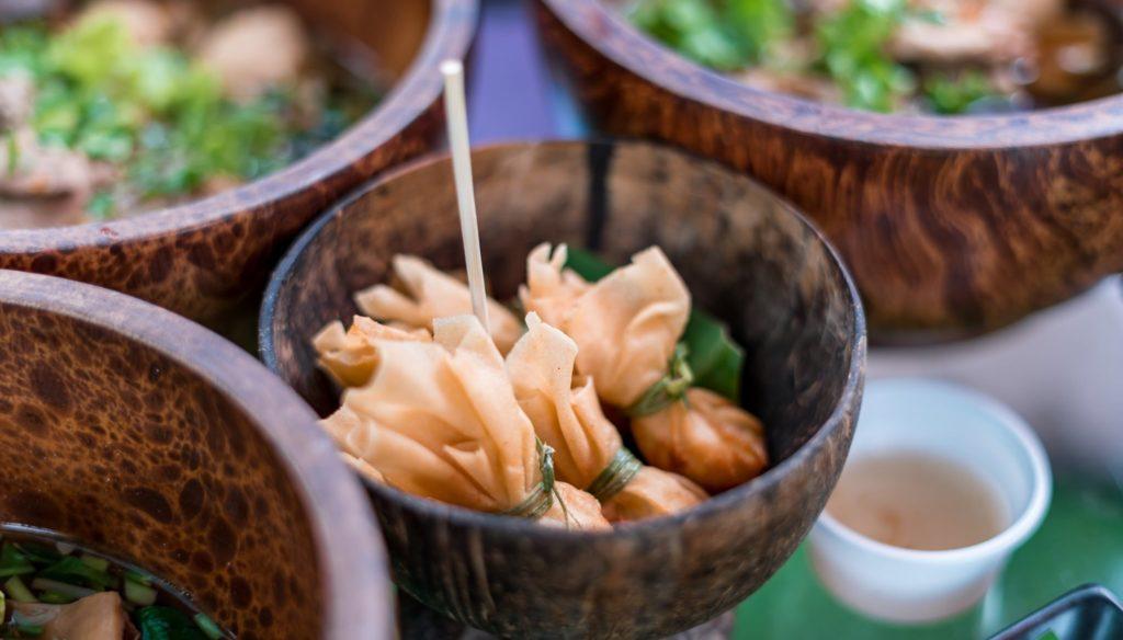 Mango 88 Cafe' & Bazaar' คาเฟ่ริมน้ำ กลางสวนมะม่วง ปากเกร็ด นนทบุรี ถุงทอง