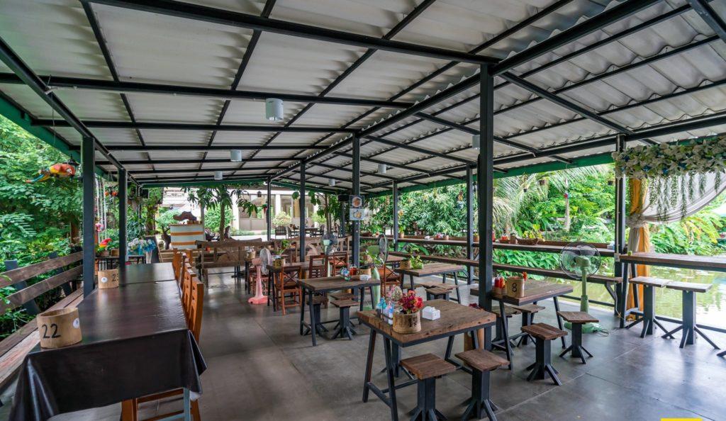 Mango 88  คาเฟ่ริมน้ำ กลางสวนมะม่วง ปากเกร็ด นนทบุรี