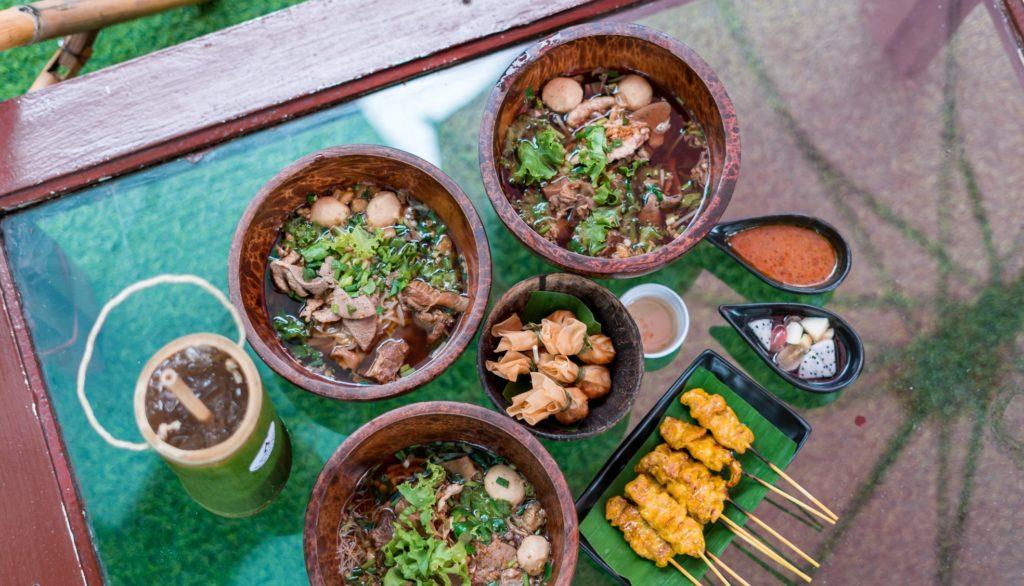 Mango 88 Cafe' & Bazaar' คาเฟ่ริมน้ำ กลางสวนมะม่วง ปากเกร็ด นนทบุรี เมนูเด็ด