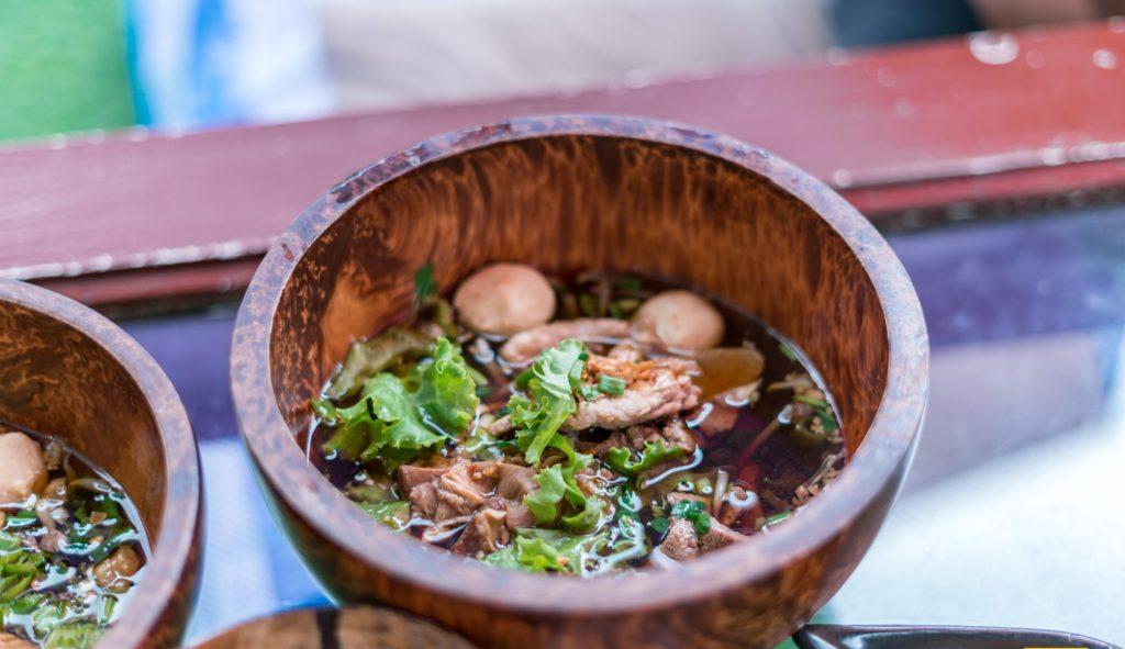 Mango 88 Cafe' & Bazaar' คาเฟ่ริมน้ำ กลางสวนมะม่วง ปากเกร็ด นนทบุรี มากับกะลา