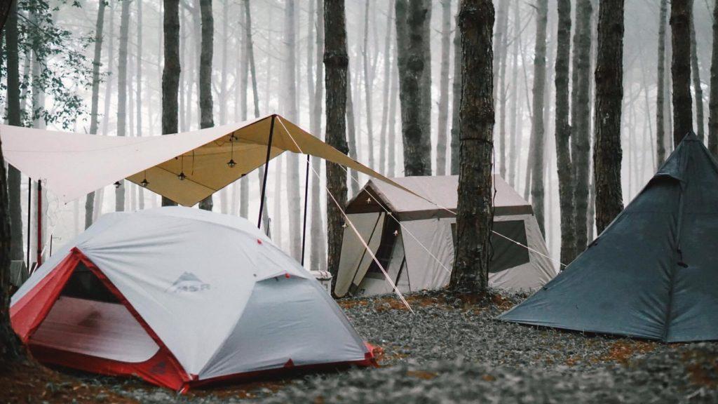 นอนแคมป์ปิ้ง ภูหินร่องกล้า หน้าฝน บนภูเขา