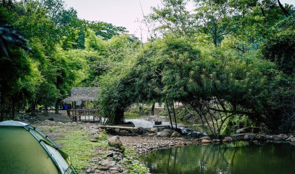 สวนคัยวะ นอนริมน้ำ