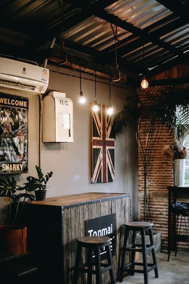 ต้นไม้คาเฟ่ (Tonmai cafe') ตกแต่งสวยทุกมุม