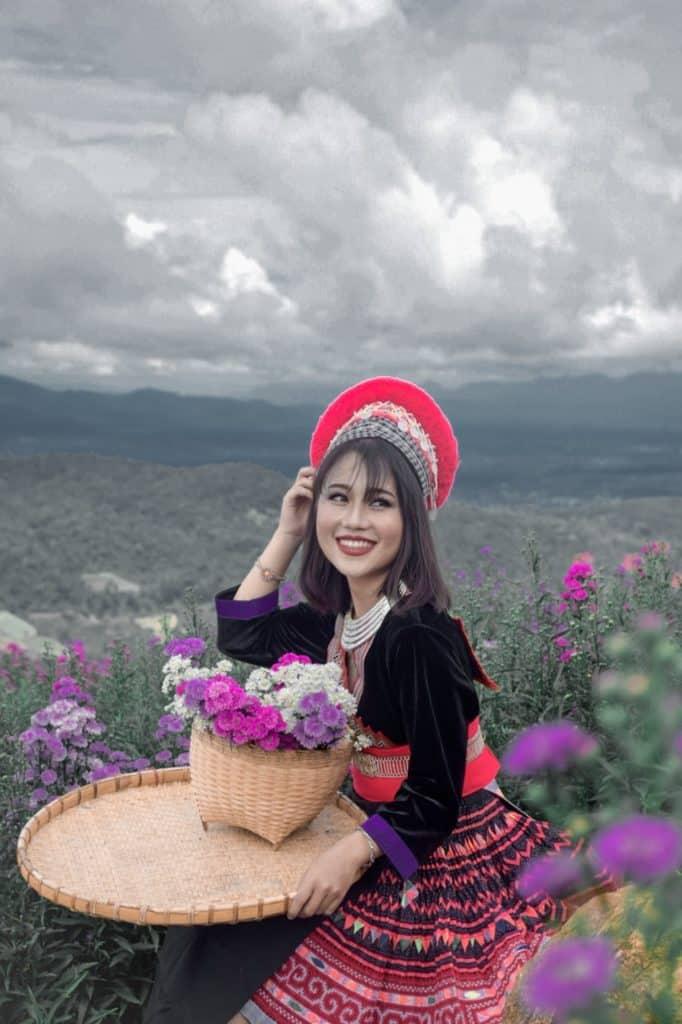 ชมดอกไม้สวย ที่ ยิ่งยงสวนดอกไม้