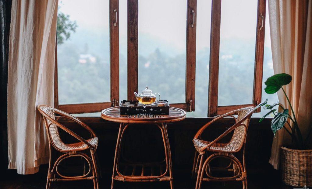 ลุงหมานโฮมสเตย์ดอยสกาด นั่งรับลมริมหน้าต่าง