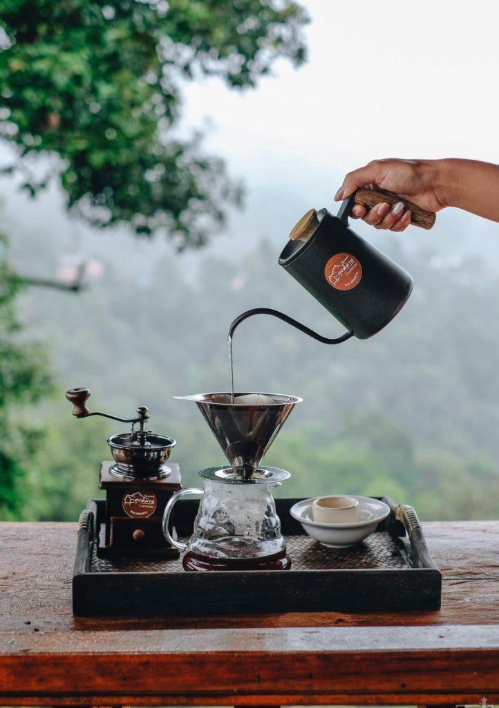 ลุงหมานโฮมสเตย์ดอยสกาด มีกาแฟให้ดริปยามเช้า