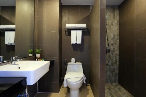 The Wind Hotel ห้องน้ำสะอาด