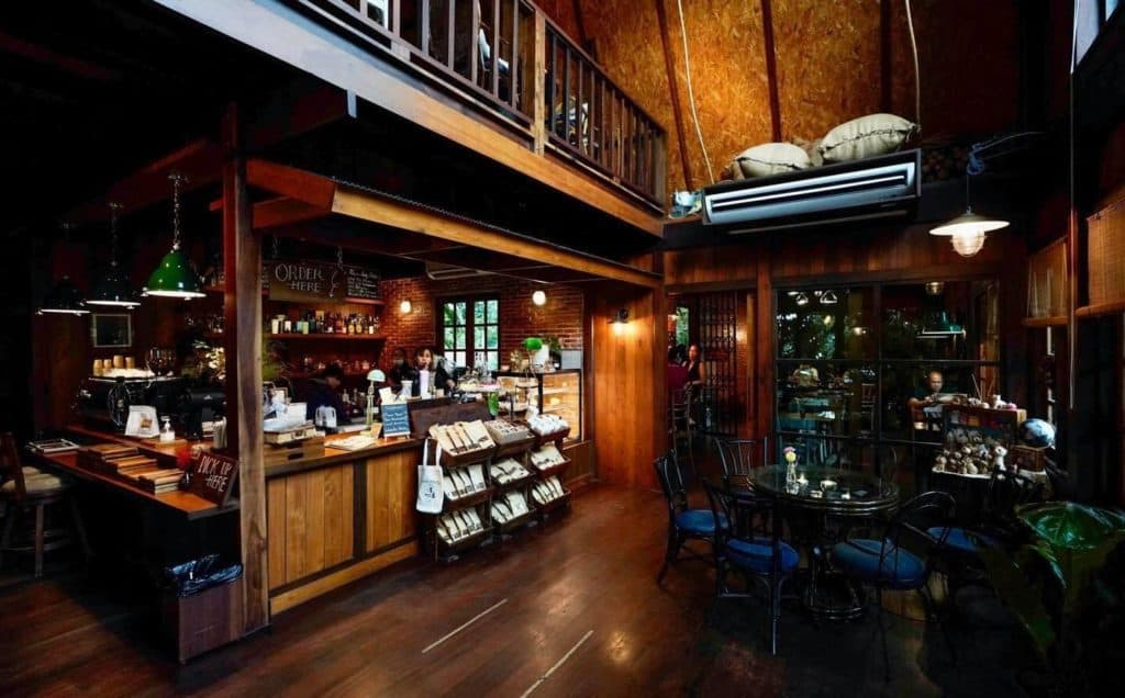 Lifehouse Cafe ภายในสวยมาก