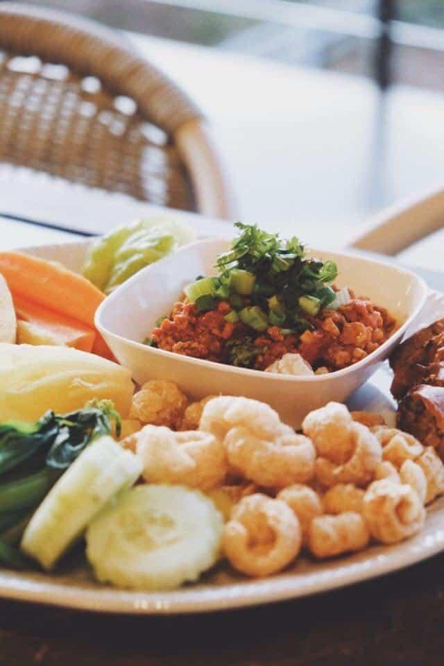 Oxy Resort (อ๊อกซี่รีสอร์ท) อาหารเหนือก็มีให้เลือกทาน