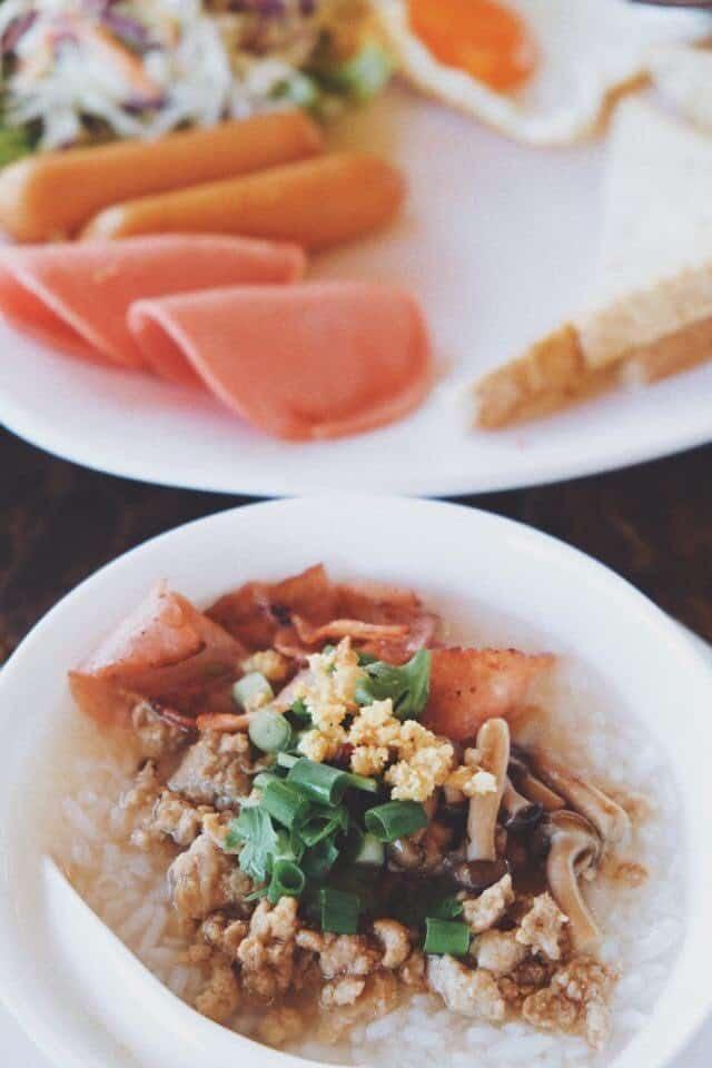 Oxy Resort (อ๊อกซี่รีสอร์ท) อาหารเช้าฟรีทุกรายการ