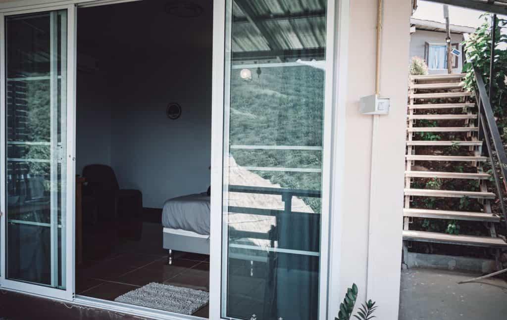 บ้านเสริมสุขแอดภูลังกา มีที่ให้นั้งชมวิวสวย