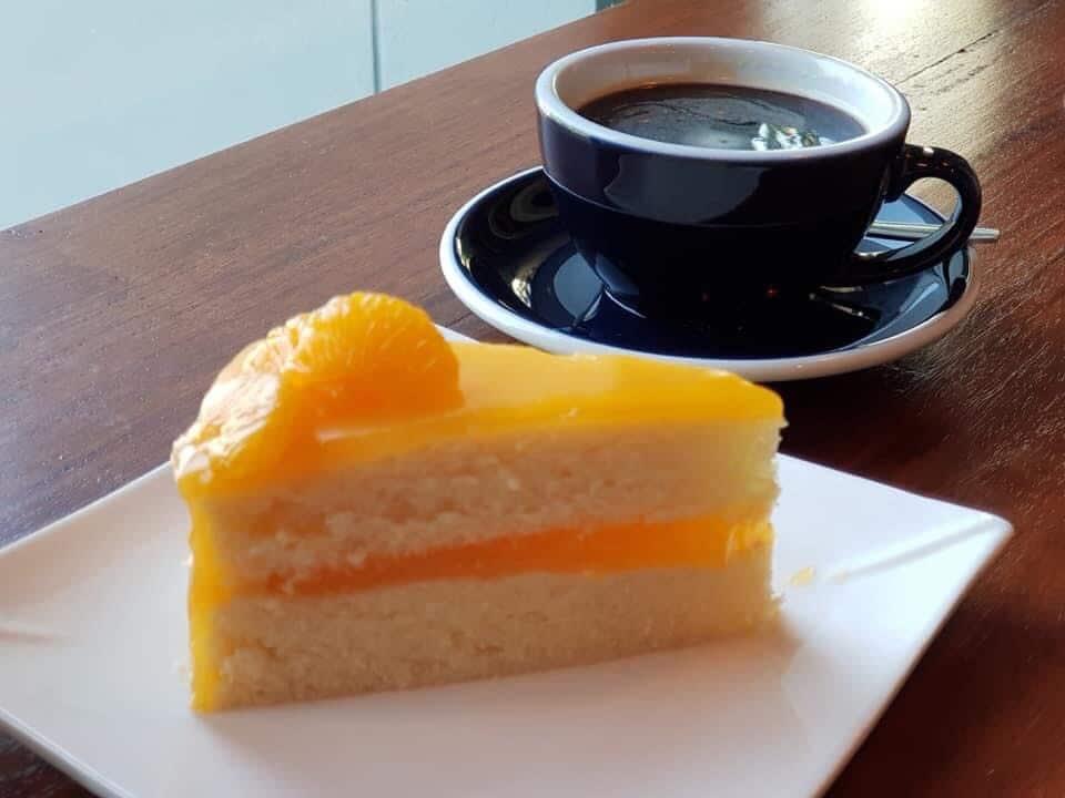 Lavana cafe เค้กทำเองอร่อยเด็ด
