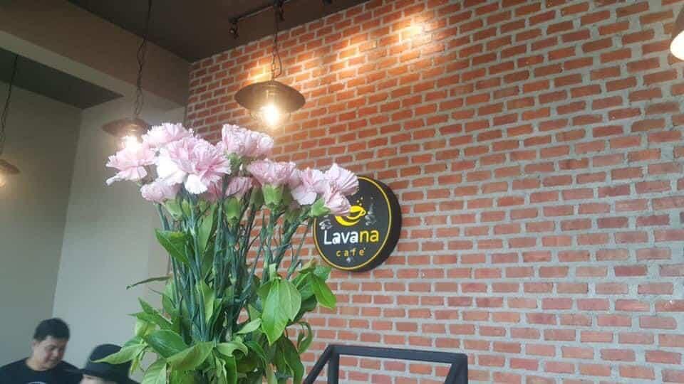 Lavana cafe  ค่าเฟ่น่านั่ง