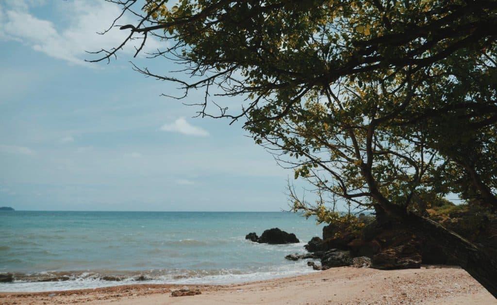สวนวังแก้วรีสอร์ท ระยอง ชายหาดวิวสวย