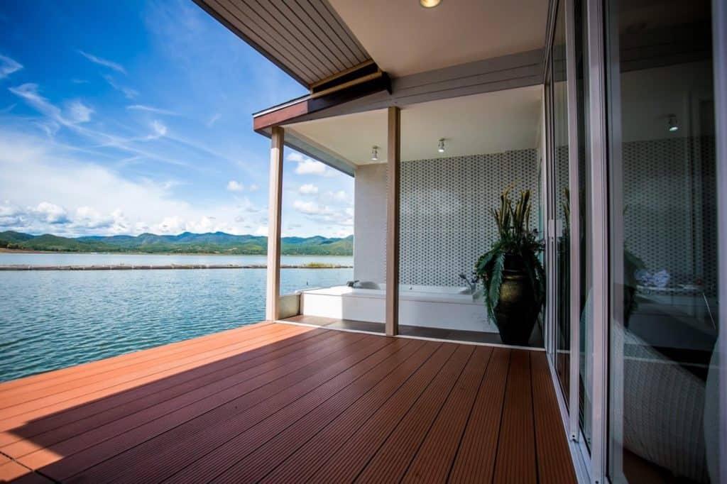 Rayaburi Resort (รายาบุรี รีสอร์ท) มีวิวสวยๆให้ได้ชม
