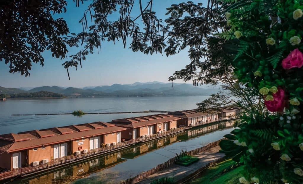 Rayaburi Resort (รายาบุรี รีสอร์ท) ห้องพักริมแม่น้ำน่าพัก