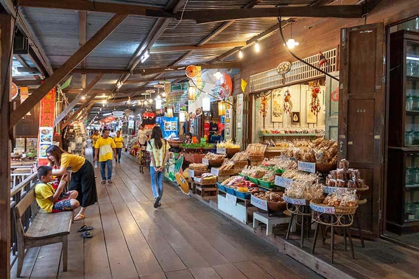 ตลาดน้ำเกาะกลอย จังหวัดระยอง ตลาดย้อนยุคที่จะพาคุณไปย้อนวันวานในการเดินตลาด