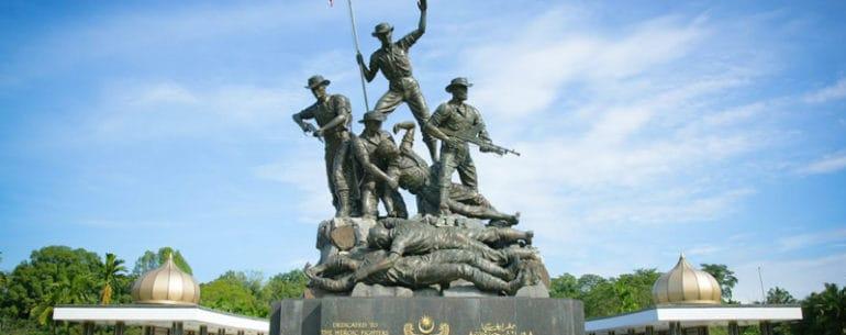 อนุสาวรีย์แห่งชาติมาเลเซีย สถานที่ท่องเที่ยว ทางด้านประวัติศาสตร์