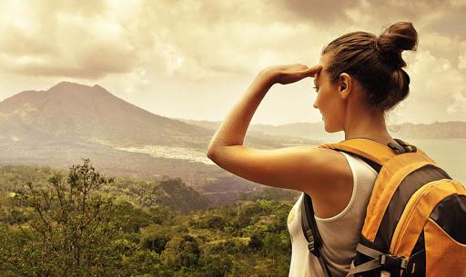 นักเดินทางที่ดี จะขาดไม่ได้คือสติไม่ว่าจะเดินจะนั่งจะนอน เมื่ออยู่ต่างถิ่นควรมีสติและใช้ชีวิตอย่างไม่ประมาท