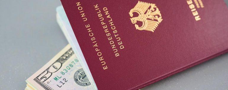วิธีจัดการเงินก่อนเที่ยว อย่างไร ไม่ให้ประสบปัญหาเงินขาดมือ ในระหว่างเดินทาง