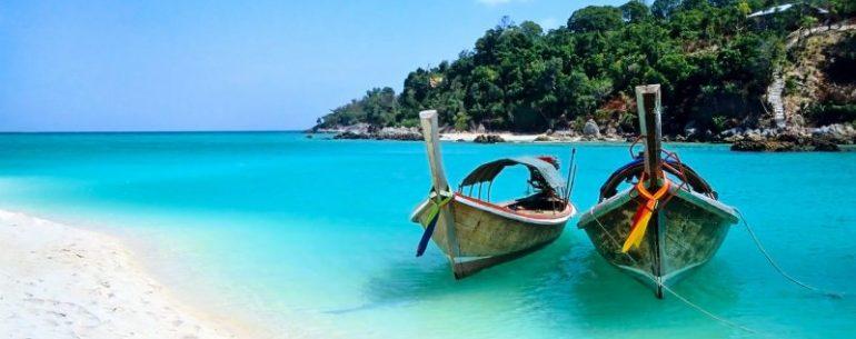ทะเลน่าเที่ยว มีวิวสวยๆ บรรยากาศดี ๆ เหมาะกับการพักผ่อน